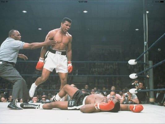 muhamed Ali gjate ndeshjes